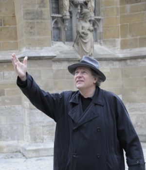 Klaus Pohl vor St. Jakob